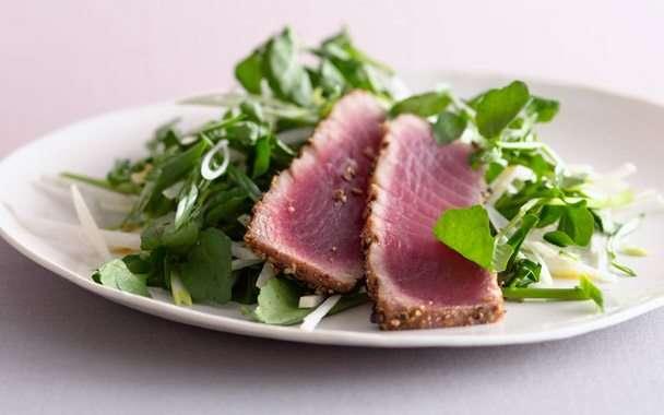 Sesame Seared Tuna Salad